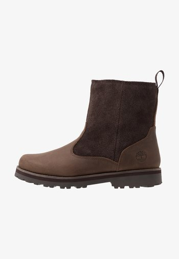 COURMA LINED BOOT