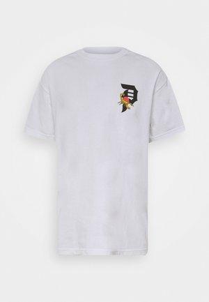DIRTY SCORPION TEE - Print T-shirt - white