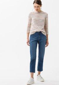 BRAX - STYLE CARO  - Slim fit jeans - blue - 1