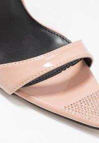 BEBO - SKITTLE - Sandaler med høye hæler - nude - 2