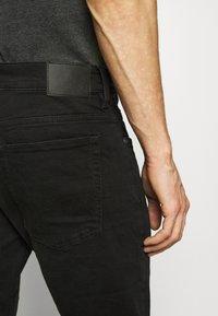 QS by s.Oliver - Slim fit jeans - black melange - 3