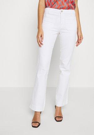 Flared Jeans - optic white