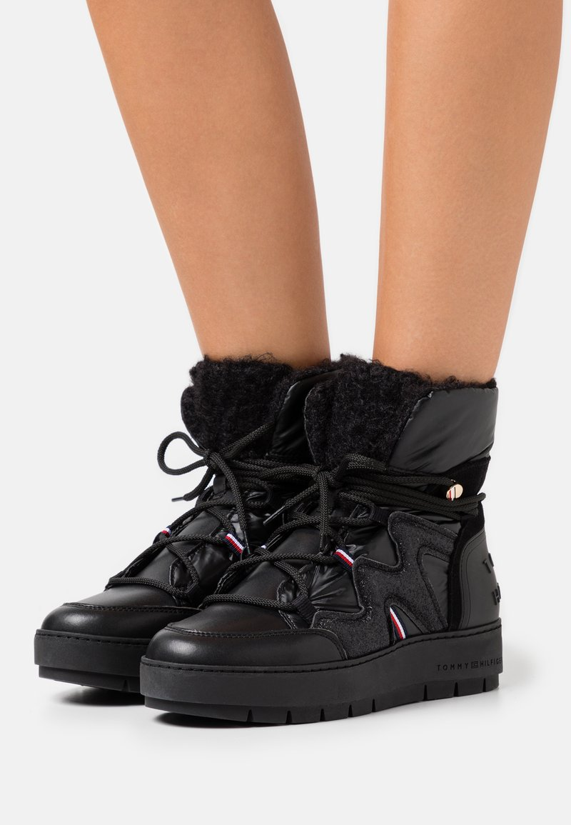Tommy Hilfiger - Lace-up ankle boots - black
