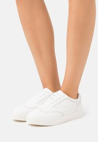 Anna Field - Baskets basses - white - 0