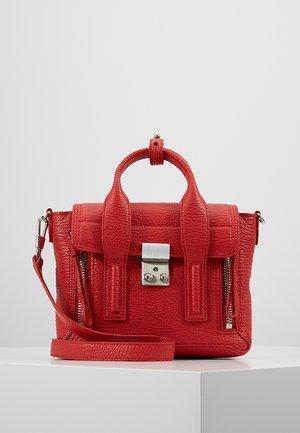 PASHLI MINI SATCHEL - Handbag - red