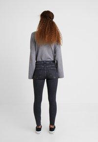River Island Petite - Jeans Skinny Fit - grey - 2