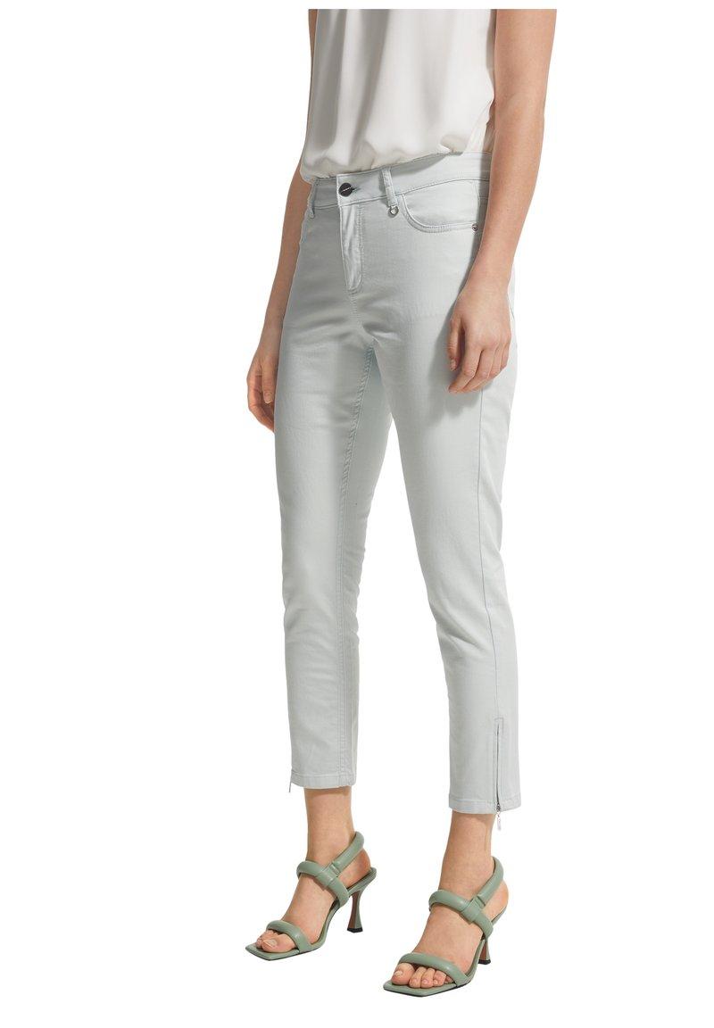 comma - Trousers - mint green