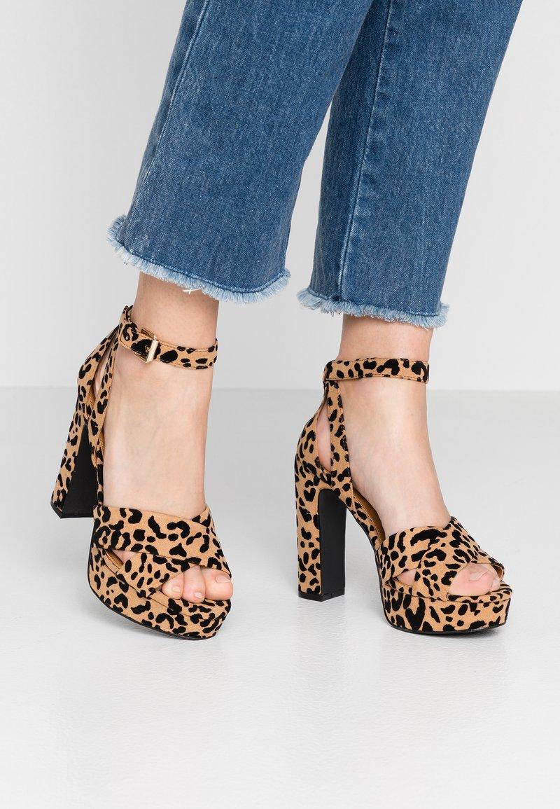 Even&Odd - Sandaler med høye hæler - brown