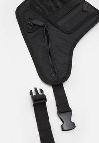 River Island - Bum bag - black - 3