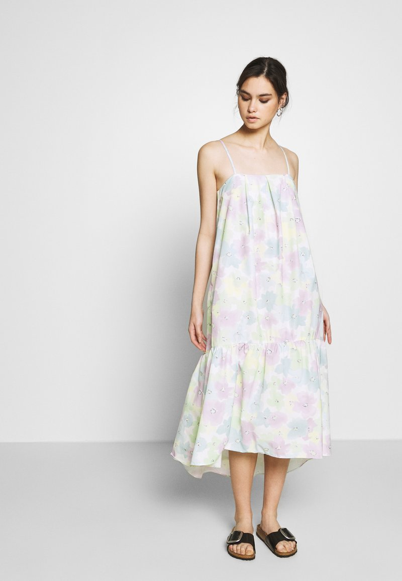 Who What Wear - THE TRAPEZE DRESS - Kjole - off-white