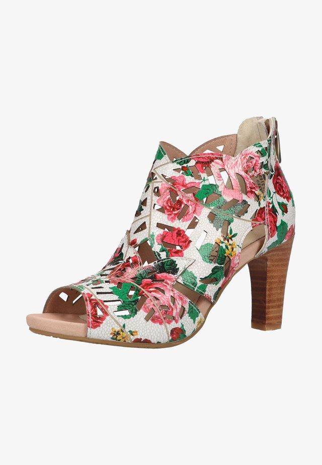 SANDALEN - Sandalen met hoge hak - rouge