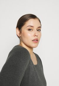 Even&Odd Curvy - Jumper - dark grey - 4