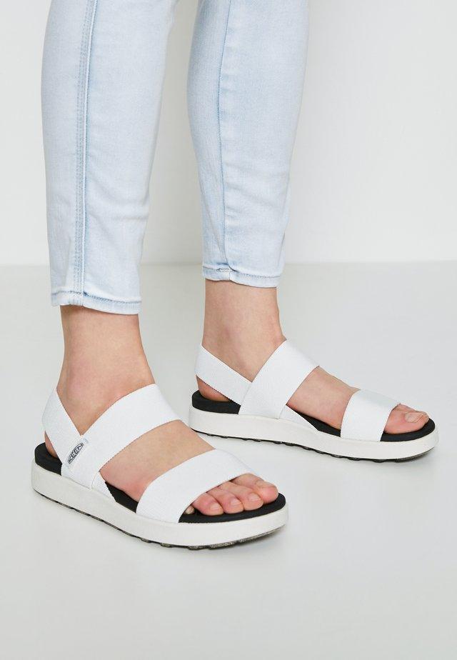 ELLE BACKSTRAP - Chodecké sandály - white