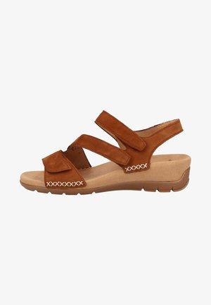 Sandalen met sleehak - brandy