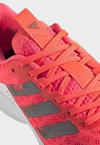 adidas Performance - SL20 SHOES - Löparskor stabilitet - pink - 8