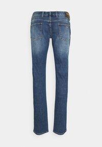 Emporio Armani - 5 POCKETS PANT - Slim fit jeans - blue denim - 6