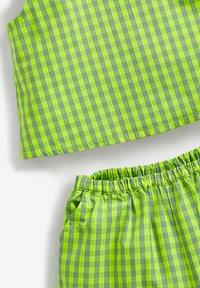 Next - Shorts - green - 2