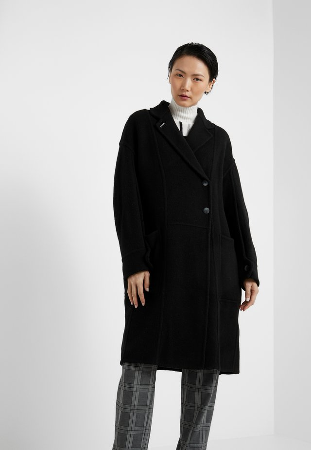 LONG OVERSIZED COAT - Villakangastakki - black