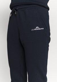 J.LINDEBERG - W ALPHA  - Pantaloni sportivi - navy - 4