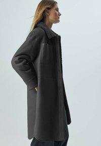 Massimo Dutti - Faux leather jacket - dark grey - 2