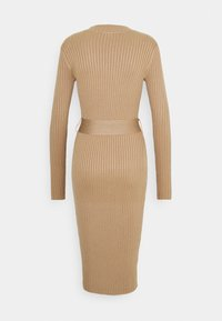 New Look - TIE WAIST MIDI DRESS - Pouzdrové šaty - camel - 1
