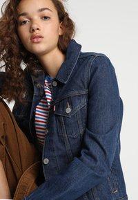 Levi's® - ORIGINAL TRUCKER - Giacca di jeans - clean dark authentic - 4
