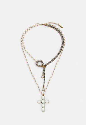 Necklace - pergamena