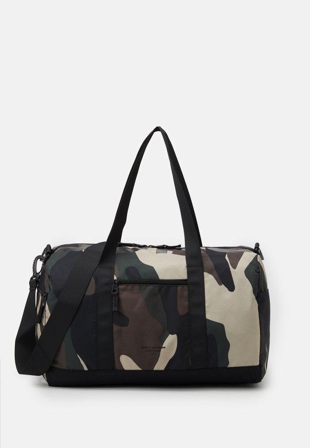 PETE SPORTSBAG - Sports bag - multicoloured