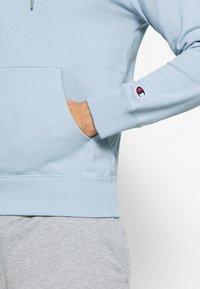 Champion - Bluza z kapturem - light blue - 5