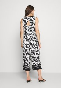 comma - OVERALL 3/4 - Jumpsuit - black/white - 2