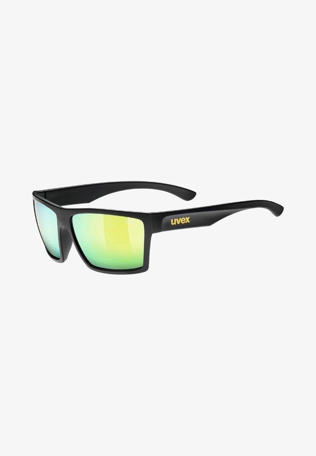 Sunglasses - black mat