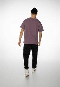 NXG by Protest - PENNAL - Print T-shirt - marron fabric - 4