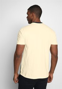 Hi-Tec - SIMON - Print T-shirt - washed black/soya/cypress - 2