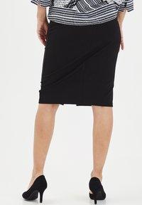 Fransa - FRITSTRETCH - Blyantnederdel / pencil skirts - black - 2