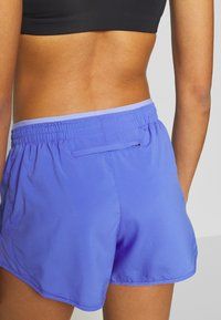 Nike Performance - TEMPO SHORT  - Korte broeken - sapphire/light thistle - 3