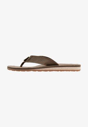 CLASSIC PREMIUM - Sandály s odděleným palcem - dark earth