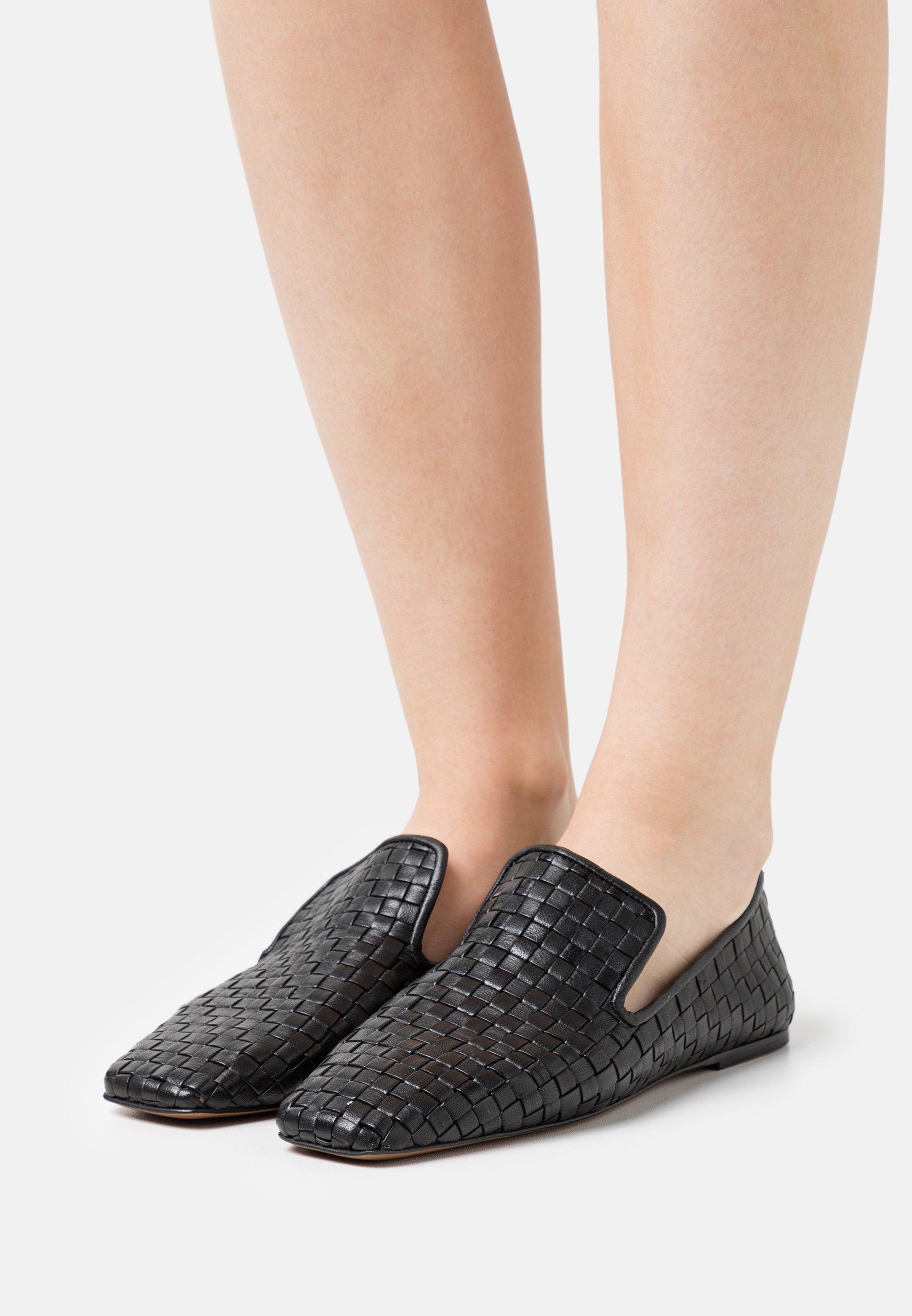 Women SLIPPERS - Slip-ons