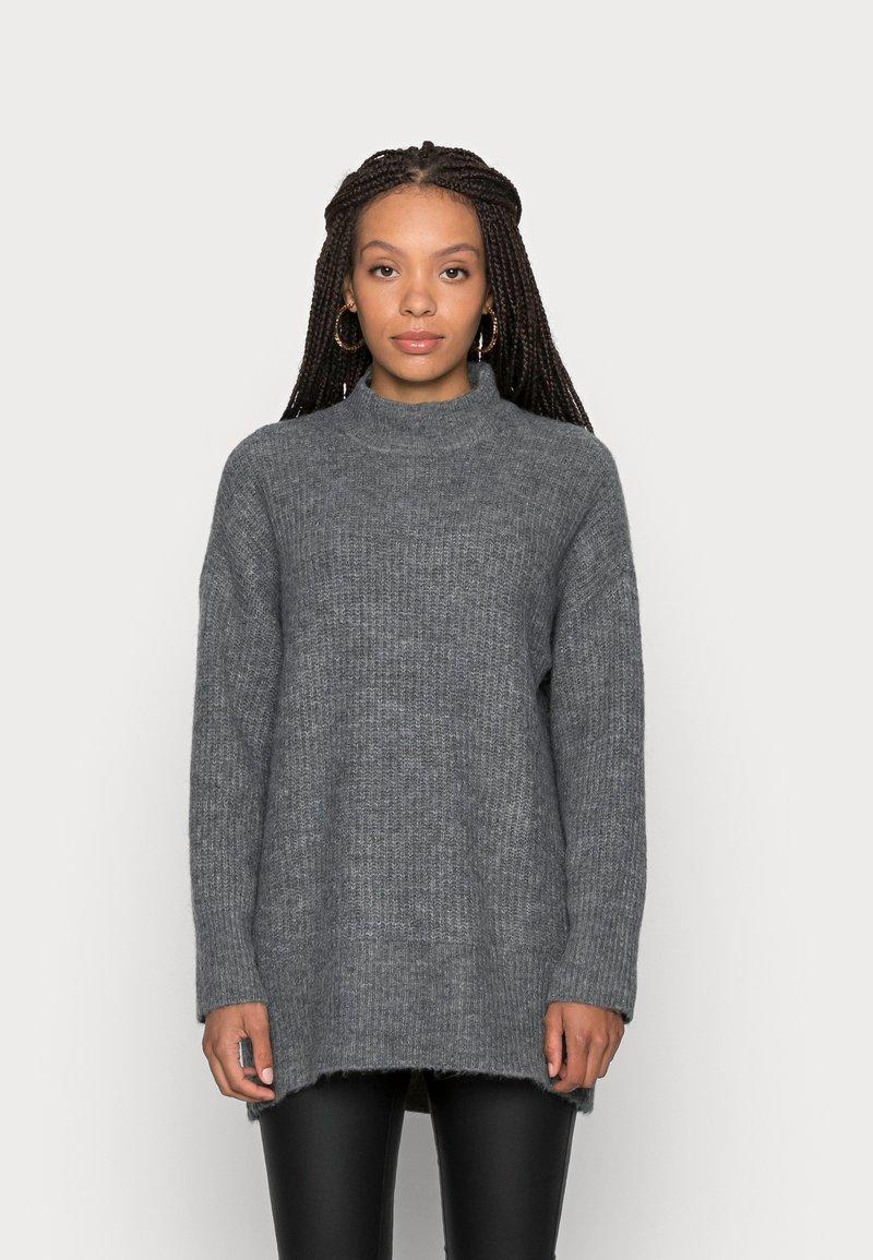 ONLY Petite - ONLKARINNA HIGHNECK - Jumper - medium grey melange