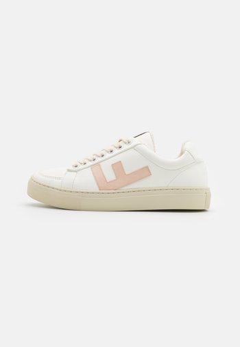 VEGAN CLASSIC 70'S KICKS - Trainers - white/vanilla/grey