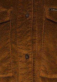 LOIS Jeans - CAROL  - Button-down blouse - brandy - 2