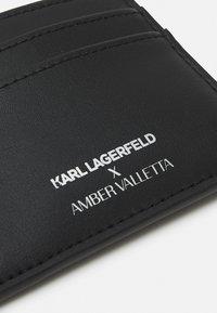 KARL LAGERFELD - AMBER VALLETTA CARD HOLDER - Wallet - black - 4