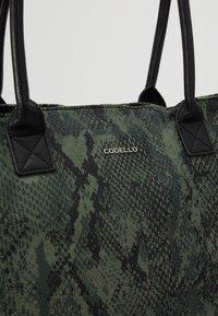 Codello - SNAKE PRINT SHOPPER - Tote bag - bottle green - 6
