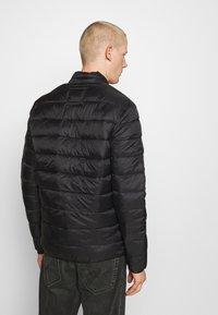 Jack & Jones - JJEMAGIC PUFFER COLLAR  - Light jacket - black - 2