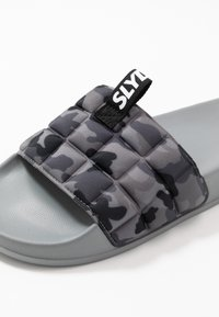 Slydes - FADE - Mules - grey - 5