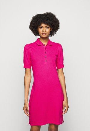 ATHLEISURE - Shift dress - nouveau bright