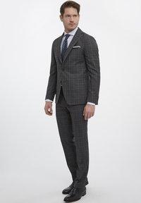Van Gils - Suit trousers - grey - 1