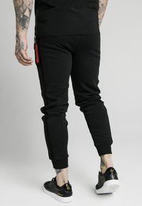 SIKSILK - CUFF PANTS - Trainingsbroek - black - 2