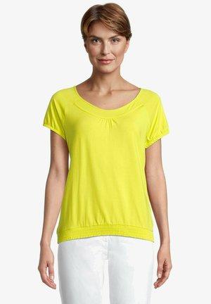MIT RAFFUNG - Blouse - neon yellow