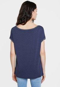 Desigual - Print T-shirt - blue - 2