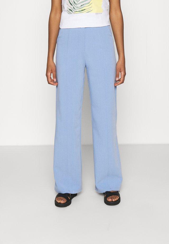 ADELAIDE TROUSER - Bukse - blue